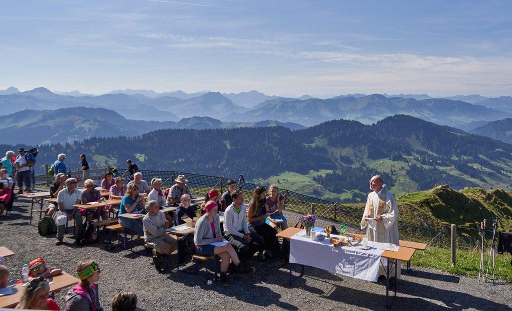 Bergmesse vor der schönsten Kulisse auf dem Hochgrat