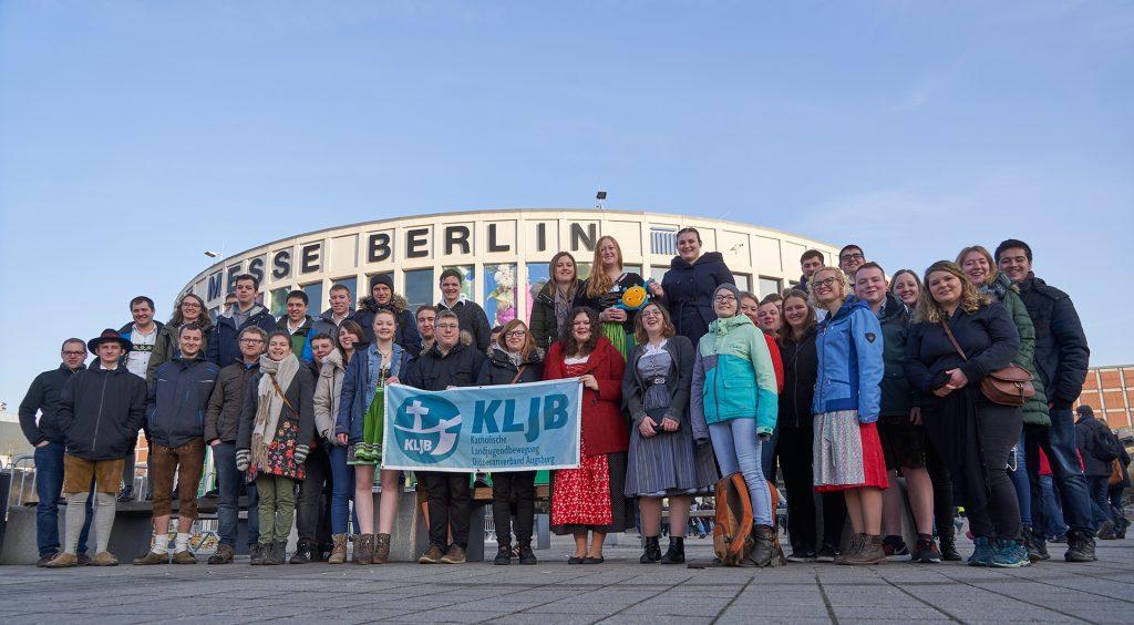 Voller Vorfreude vor der Messe Berlin. Auf zur IGW!