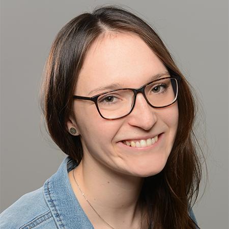Nadine AKI-Sprecherin